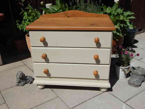 CHEST OF DRAWERS , SHABBY CHIC (3 drawer) # # # SOLD # # #