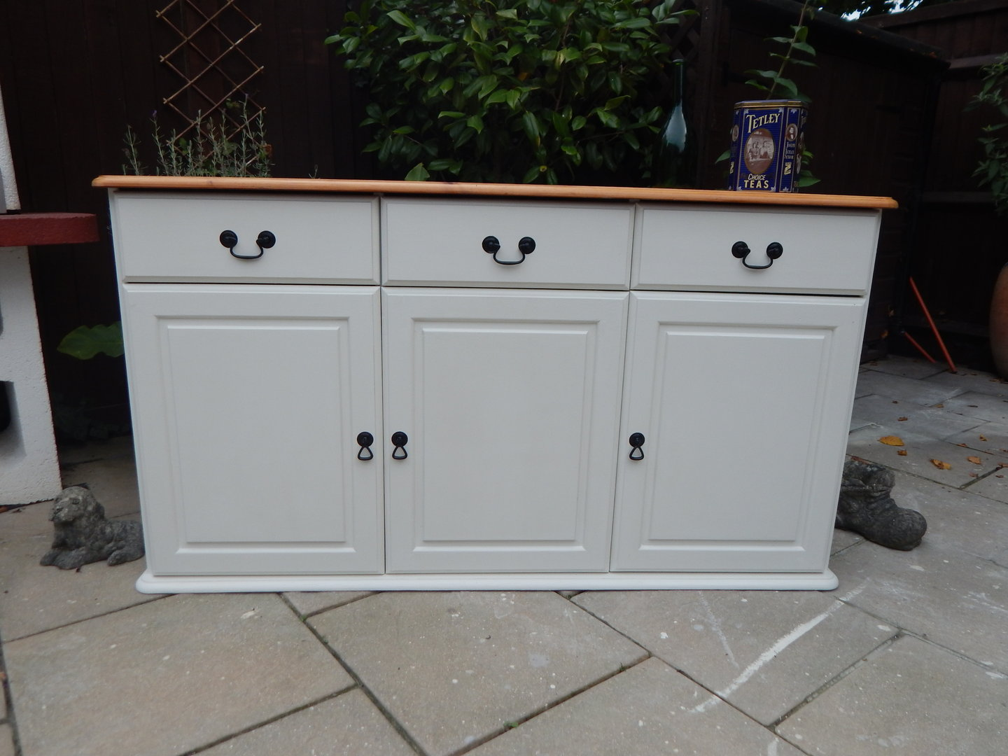 Shabby chic farmhouse pine sideboard sold for Sideboard shabby chic