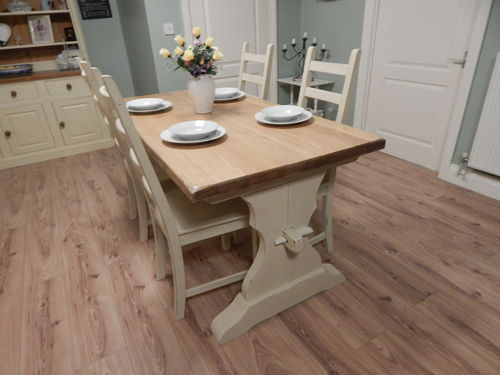 GORGEOUS SHABBY CHIC VINTAGE SOLID OAK TABLE & 4 CHAIRS # # # SOLD # # #
