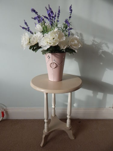 SHABBY CHIC ROUND COFFEE TABLE , SIDE TABLE  # # # SOLD # # #