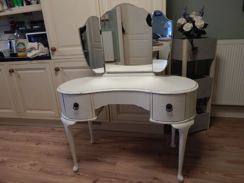 SHABBY CHIC , FRENCH COUNTRY DRESSING TABLE # # SOLD # #