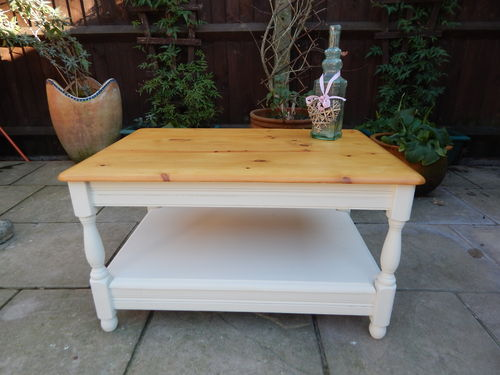 LOVELY PINE SHABBY CHIC COFFEE TABLE # # # SOLD # # #