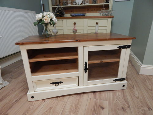 GORGEOUS SHABBY CHIC PINE TV / ENTERTAINMENT UNIT # # SOLD # #