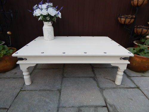 LARGE RUSTIC , SHABBY CHIC VINTAGE COFFEE TABLE  # # # SOLD # # #