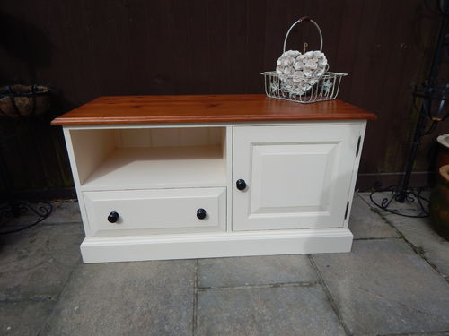 SHABBY CHIC PINE TV STAND , TV CABINET , ENTERTAINMENT UNIT