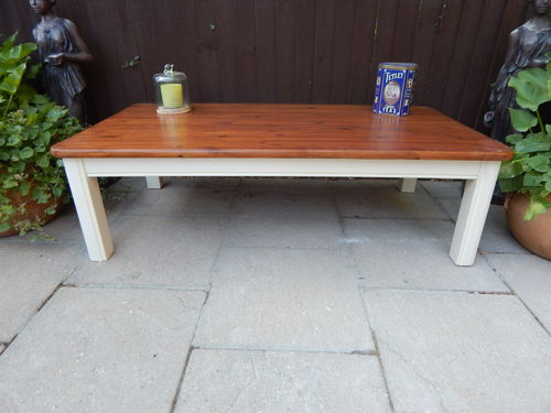 BEAUTIFUL SHABBY CHIC LARGE PINE FARMHOUSE COFFEE TABLE