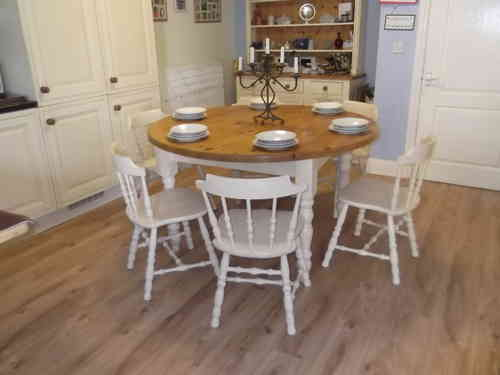 Vintage ,Large round Farmhouse table and 6 Oak chairs  # # # SOLD # # #
