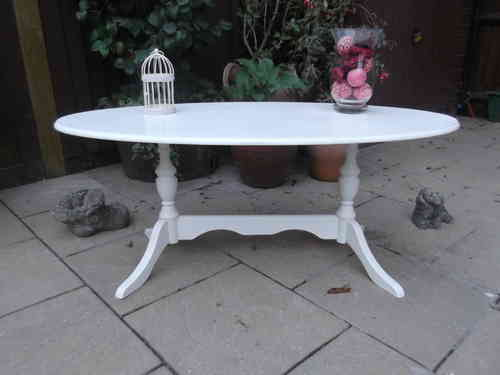 Elegant Oval coffee table # # # SOLD # # #