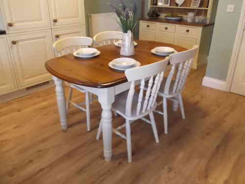 Country Farmhouse table & 4 chairs