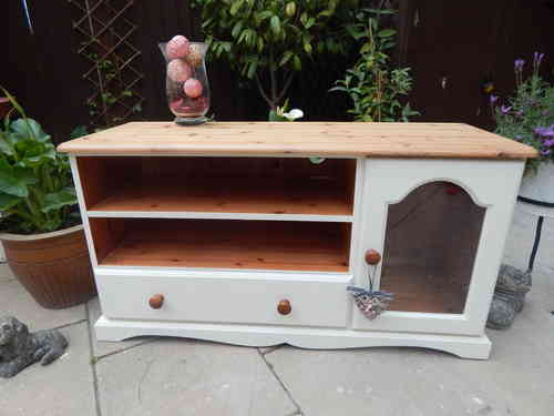 SHABBY CHIC, SOLID PINE, TV STAND & ENTERTAINMENT CABINET # # # SOLD # # #