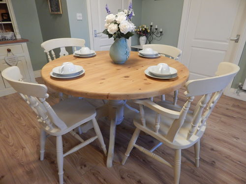 VINTAGE LARGE ROUND SHABBY CHIC SOLID PINE TABLE & 4 CHAIRS # # SOLD # #