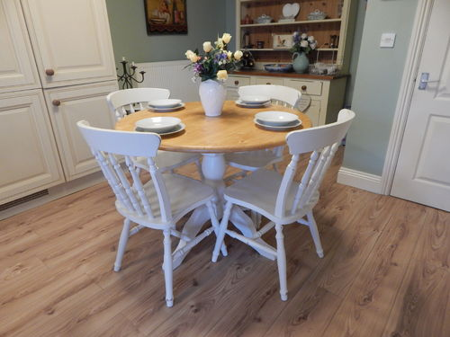 SHABBY CHIC ROUND FARMHOUSE PINE TABLE & 4 CHAIRS # # # SOLD # # #