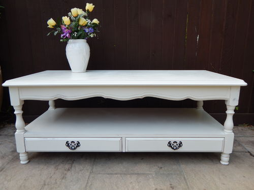 GORGEOUS SHABBY CHIC COFFEE TABLE # # # SOLD # # #