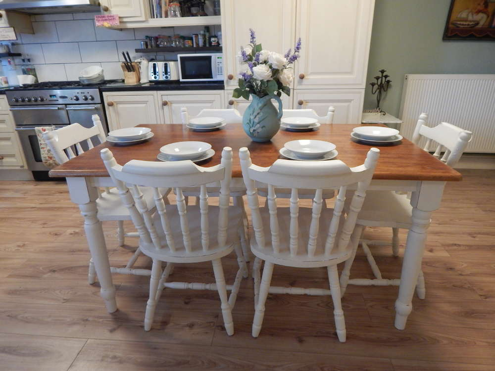 VINTAGE SHABBY CHIC SOLID BEECH FARMHOUSE TABLE U0026 6 SOLID PINE CHAIRS # # #  SOLD