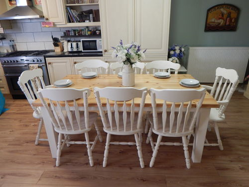 STUNNING LARGE SOLID PINE FARMHOUSE TABLE & 8 OAK CHAIRS (INC 2 CARVERS)  # # SOLD # #