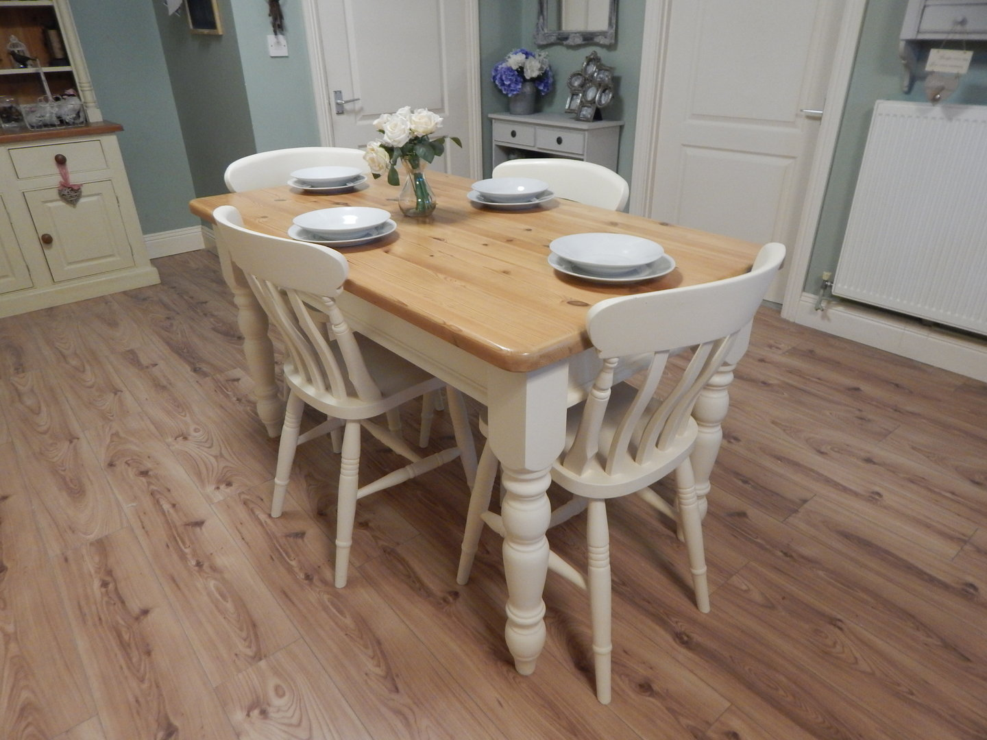 UPCYCLED VINTAGE SOLID PINE FARMHOUSE DINING TABLE & 4 ...