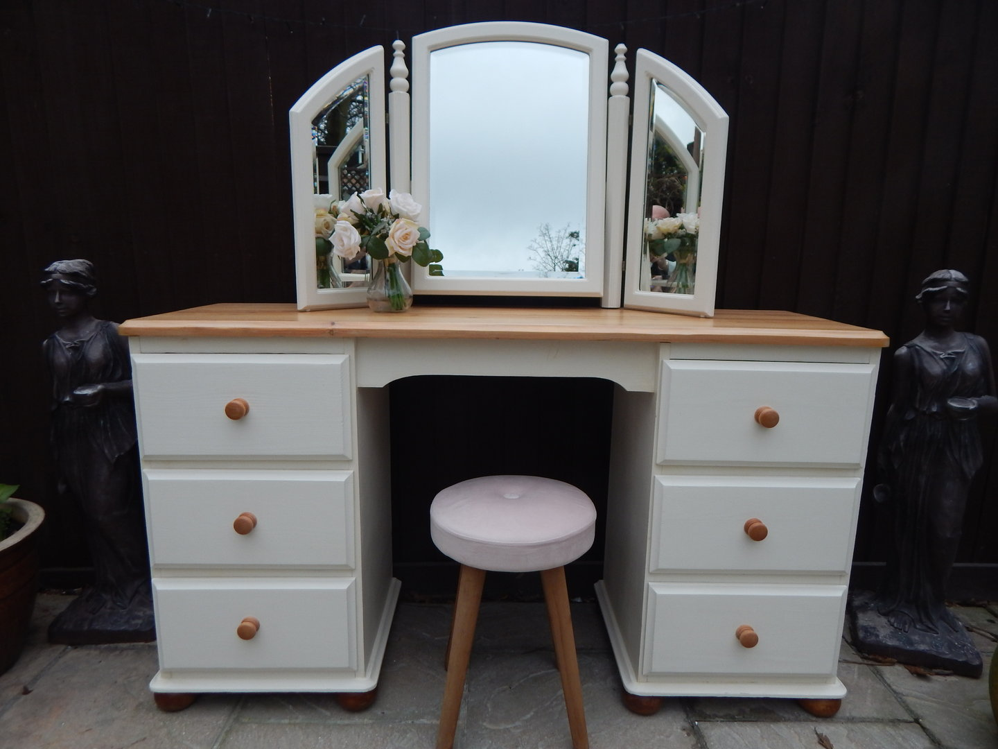 uk availability 09bb3 7a82c VINTAGE PINE , COUNTRY FARMHOUSE DRESSING TABLE , TRIPLE ...