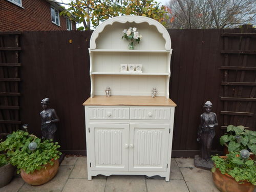 GORGEOUS VINTAGE COUNTRY FARMHOUSE SIDEBOARD / DRESSER