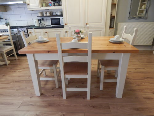 VINTAGE COUNTRY FARMHOUSE PINE DINING TABLE / KITCHEN TABLE & 4 OAK CHAIRS # # #SOLD # # #