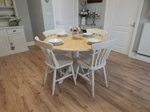 VINTAGE BEECH ROUND FARMHOUSE DINING TABLE / KITCHEN TABLE & 4 CHAIRS  # # SOLD # #