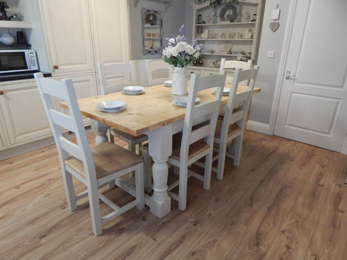 LARGE VINTAGE HAND MADE PINE DINING TABLE & 6 CHAIRS